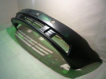 Бампер передний (седан) Оригинал 1068001651
