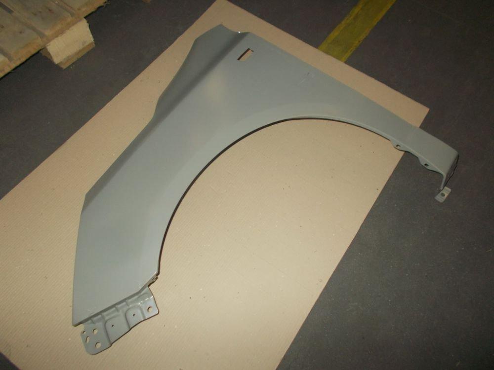 Крыло переднее левое 52035066