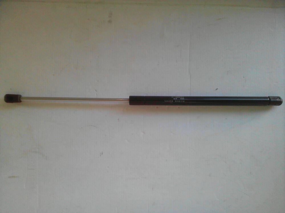 Амортизатор 5-й двери A11-5605010BA