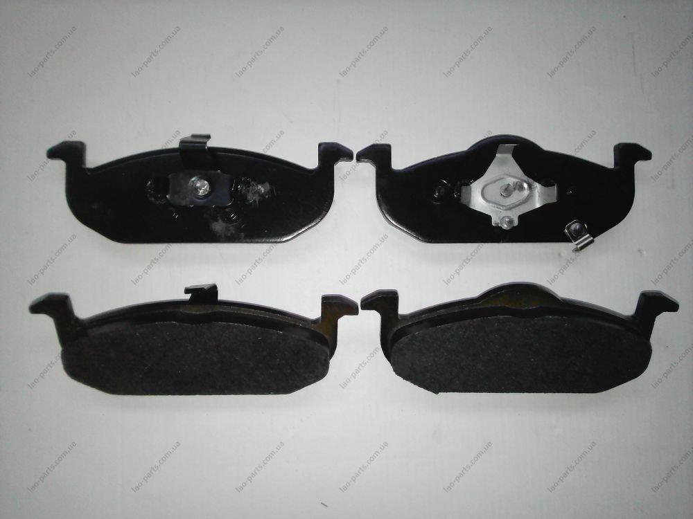 Колодки тормозные передние Delphi 10026870